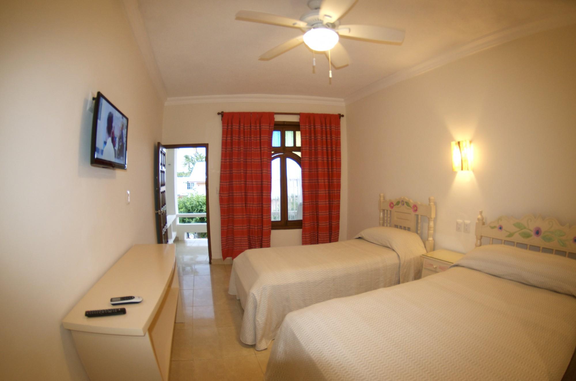 isla mujeres hotels, isla mujeres accommodation